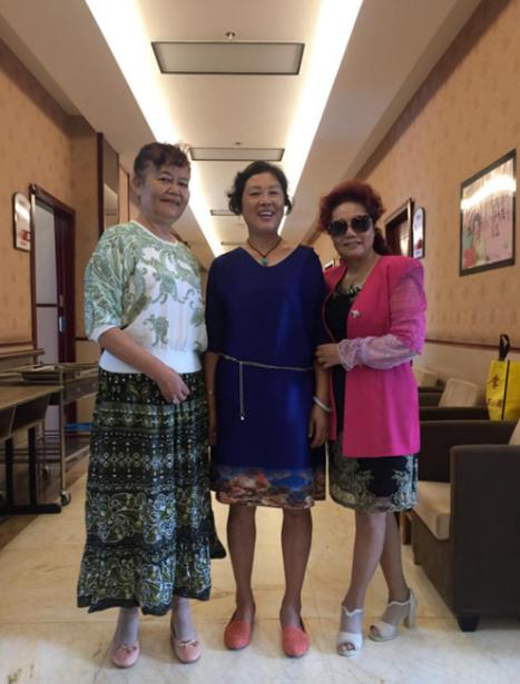 """三""""美魔女""""现身仁爱医院 感谢老年病科带来家一般的体验"""